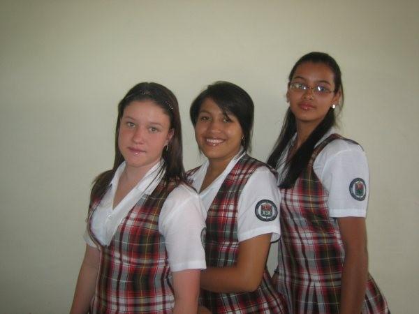 Jhanay, Jennifer,Luisa