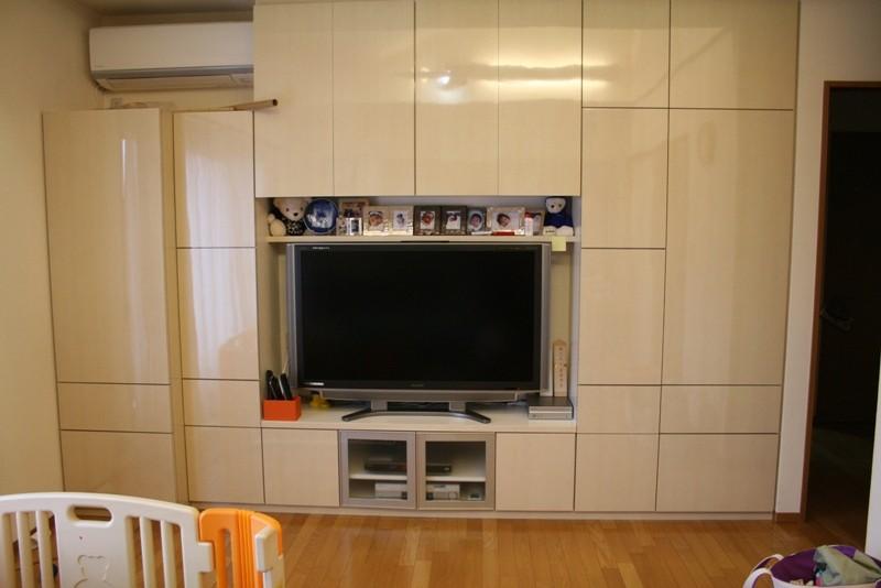 テレビ購入!新しいテレビボードに新しいテレビが入りました!とてもスッキリビングになりました。