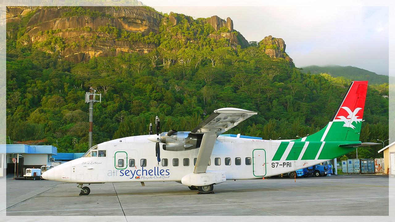 Propellermaschine der Air Seychelles in Mahe/Seychellen