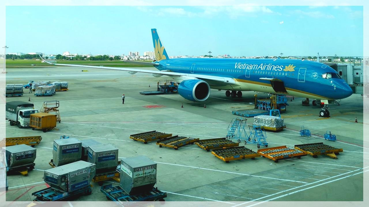 A 350 der Vietnam Airlines am Airport Saigon/Vietnam