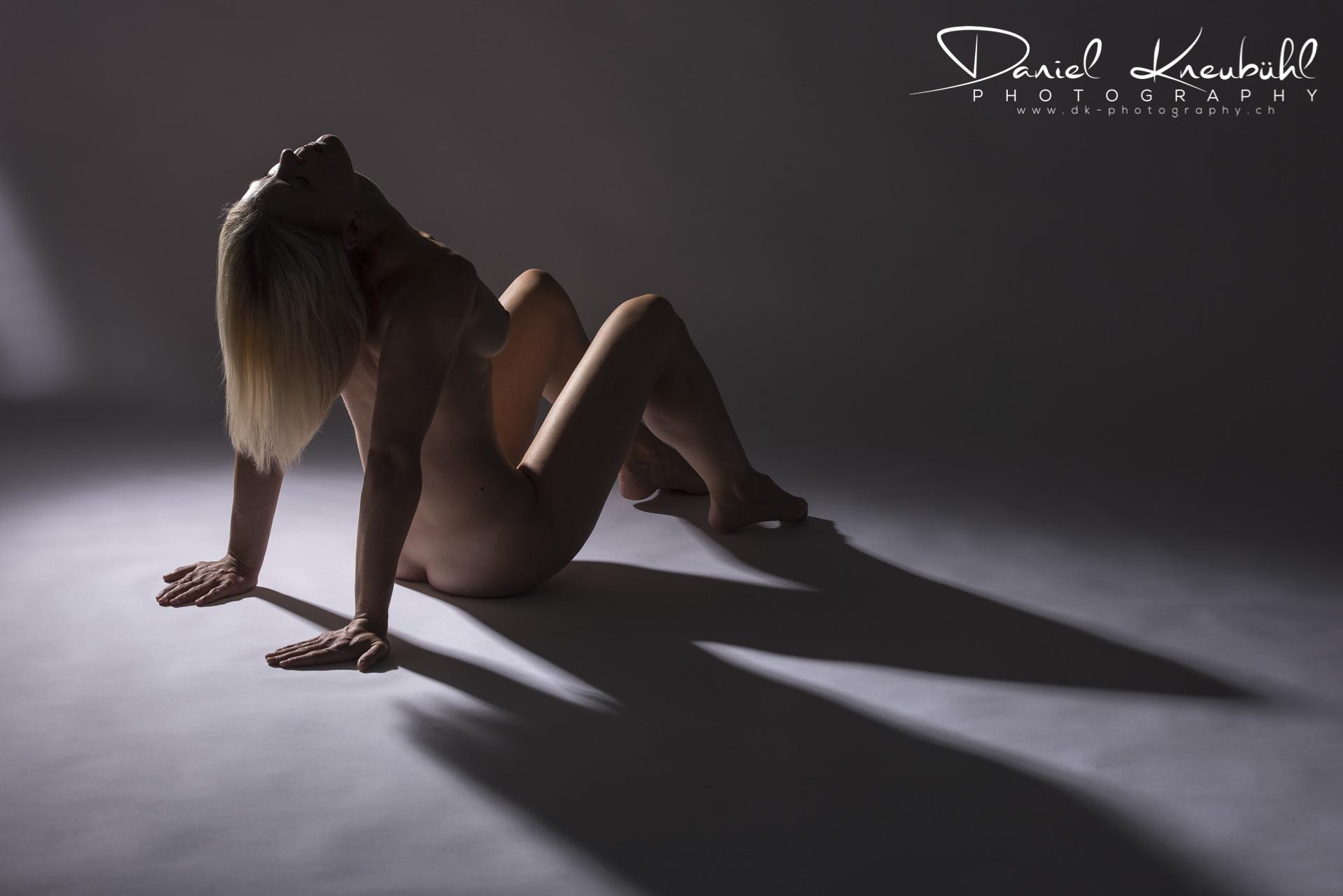 Nude Art by Sinja