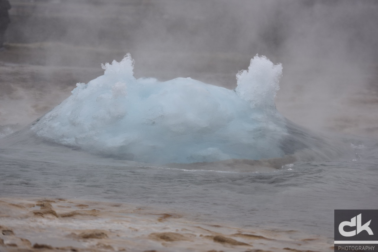 Strokkur Eruption (Island, Mai 2016)