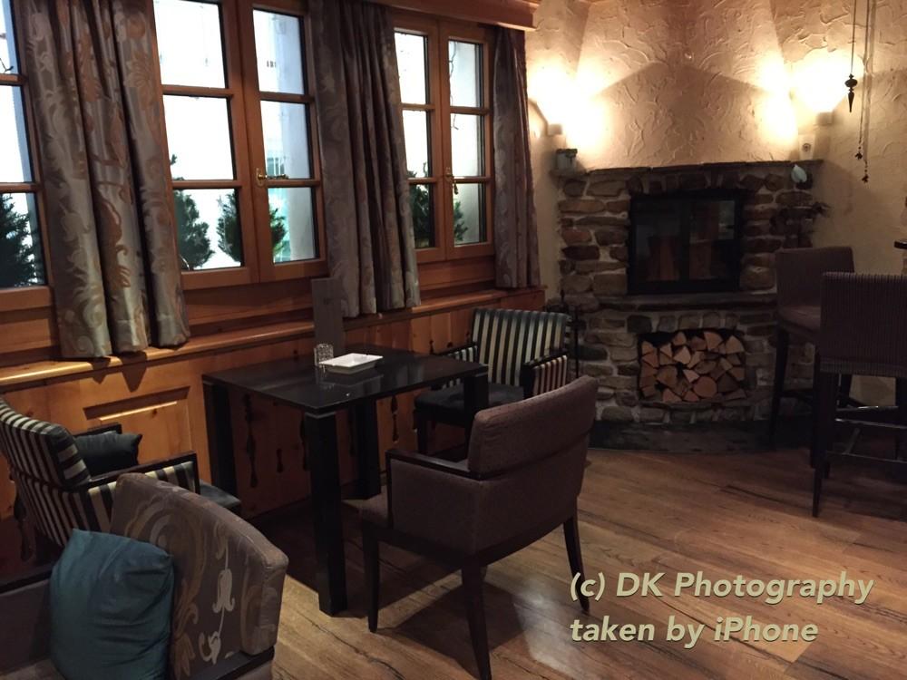 Die Cheminée-Lounge
