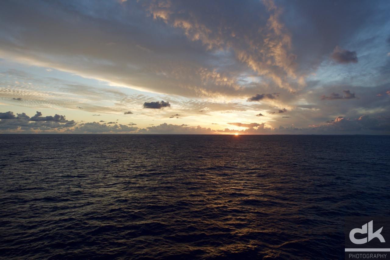 Sonnenuntergang über den Bahamas Inseln