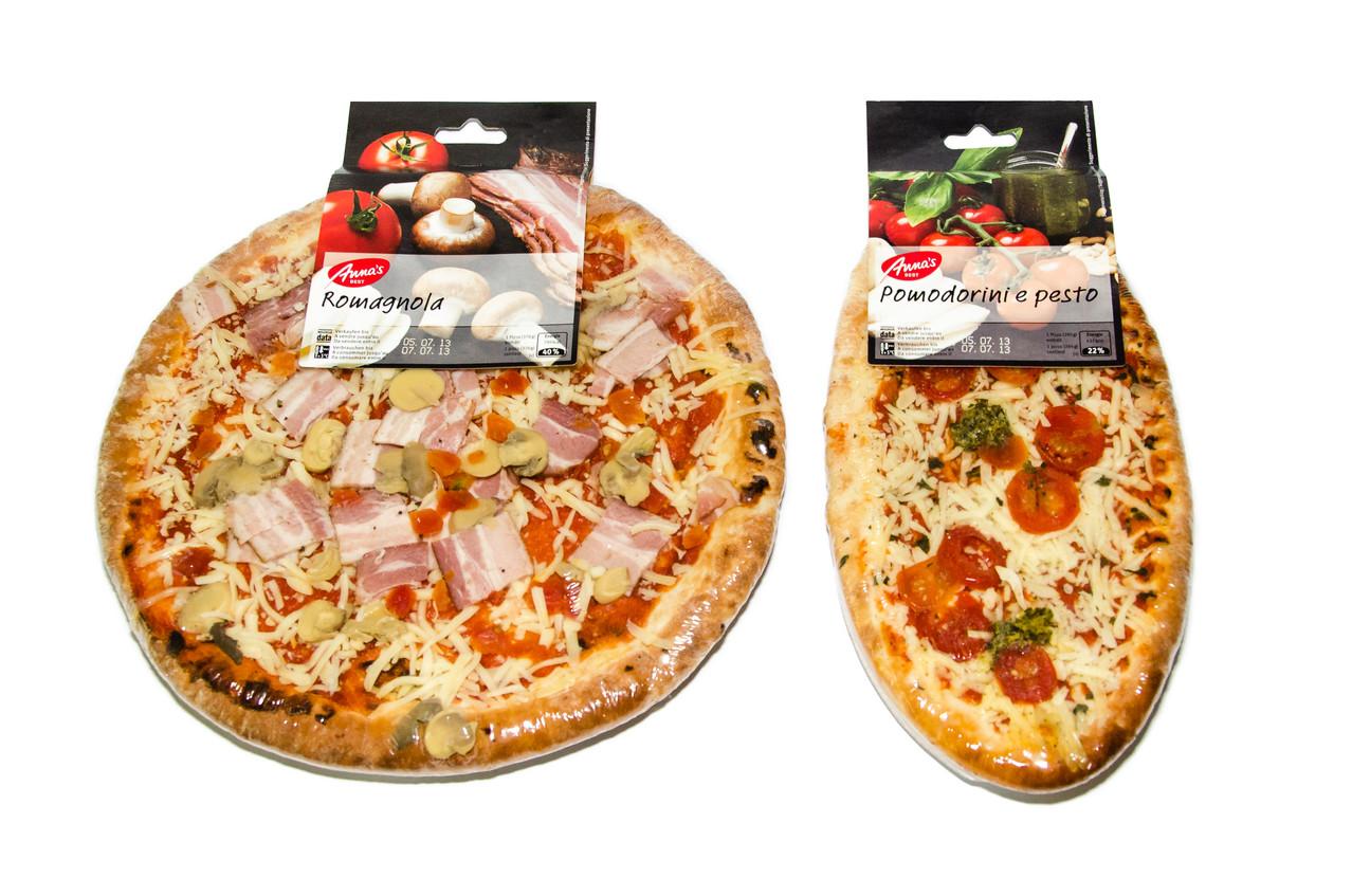 cardboard tab on pizza