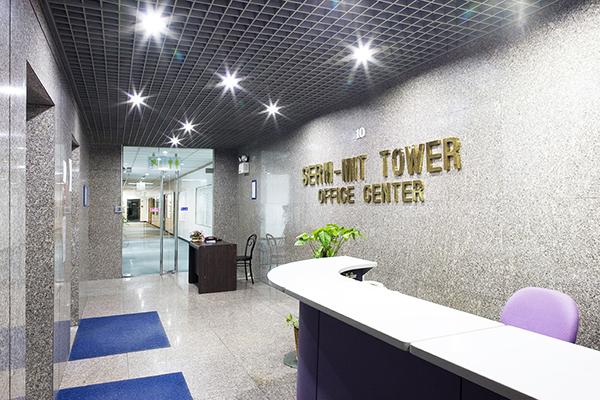 あぱまん情報が運営するサーミットタワー内のオフィスタワー