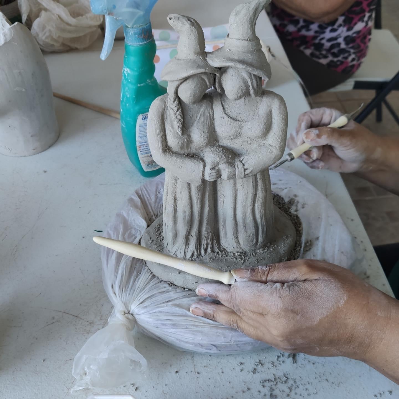Cerámica Artística, Torno y Escultura Cerámica un Sábado cualquiera en Nefer Ceramistas