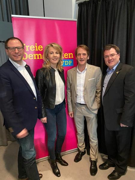v. l.: Felix Haltt, Linda Teuteberg MdB, Thomas Boos und Andreas Mersch