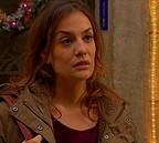 Lara Belvèze (Anne-Sophie Germanaz), une sorcière ?