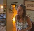 Johanna, jouée par Dounia Coesens