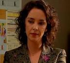 Jeanne Carmin (Stéphanie Paréja), une nouvelle directrice qui sait où elle va