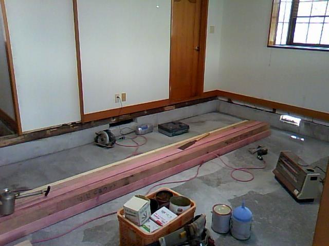 コンクリート打ち完了! 床組みを作りなおします。