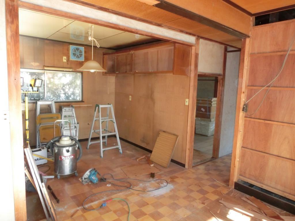 4.キッチンです、仕上りが楽しみです。