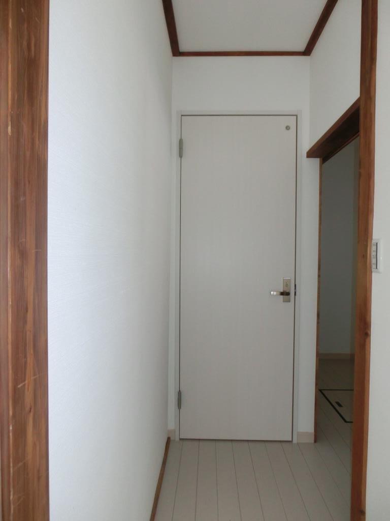 押入れにドアを付けて。