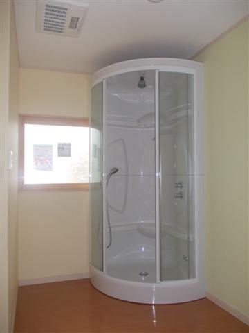 シャワールームです。いつでも簡単に汗を流せます!