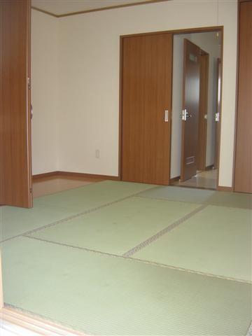 和室の畳は気持ちを和らげます。
