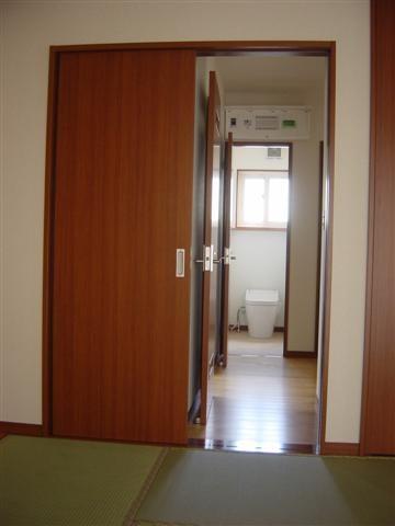バリアフリー、和室からトイレまでの導線です。