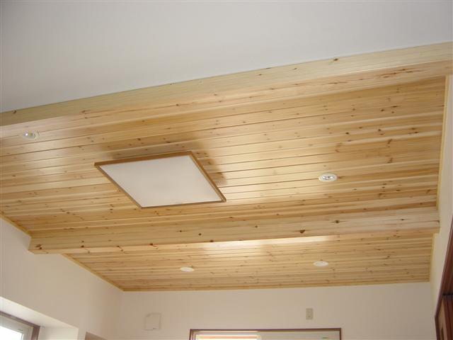 ダイニング、杉の天井板はいかがですか?