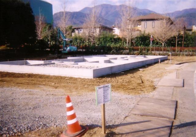 伊藤邸基礎工事完成しました。