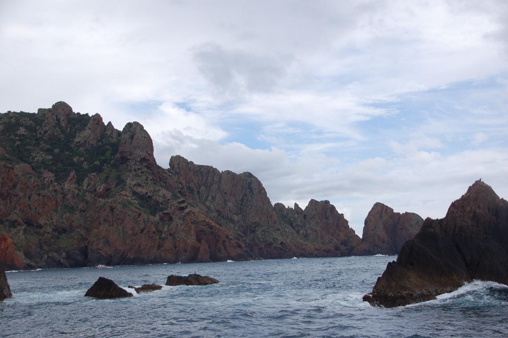 balade en bateau dans la réserve de Scandola...