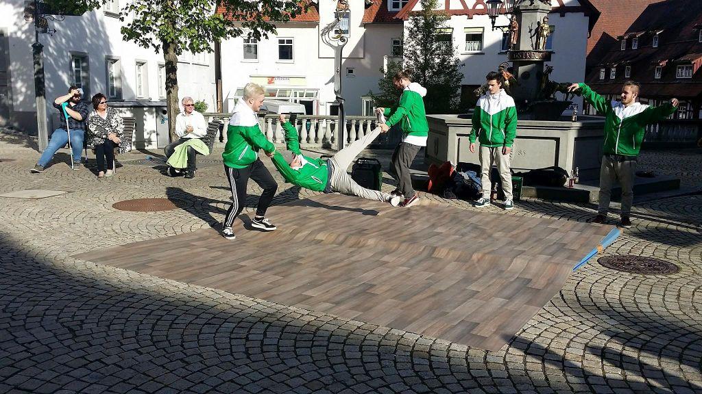 Breackdance - Streetshow von AT#F aus Biberach