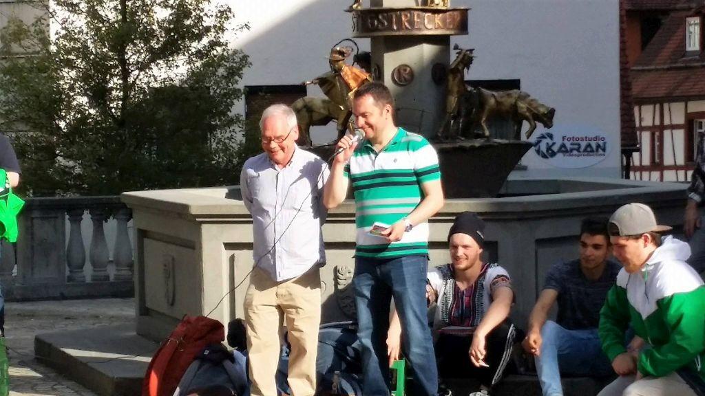 Die Organisatoren (links Andre Heygster von der Stadt Pfullendorf und rechts Andreas Roth vom Jugendbüro)