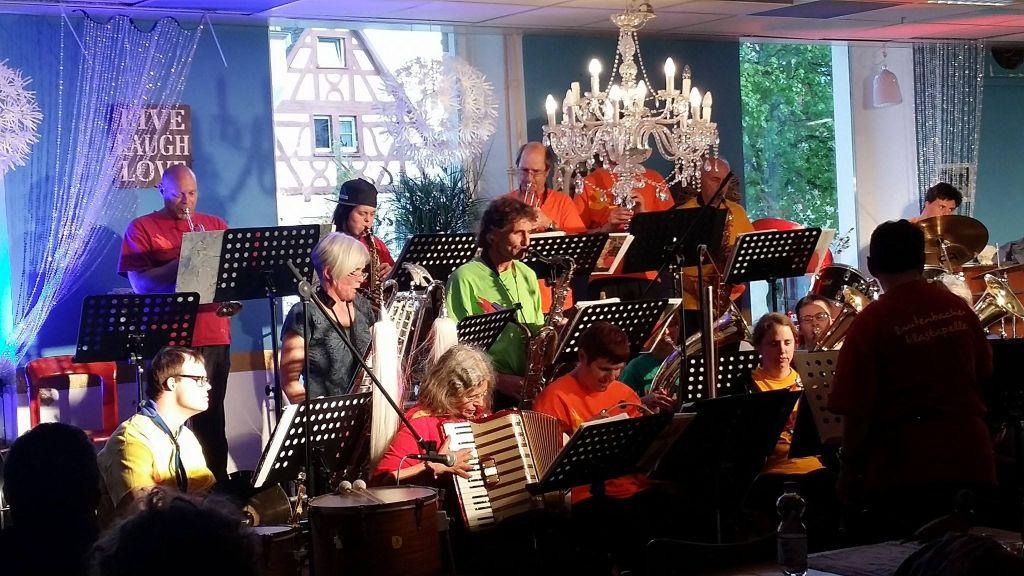 Lautenbacher Blaskapelle - Hörgenuss mal ganz anders