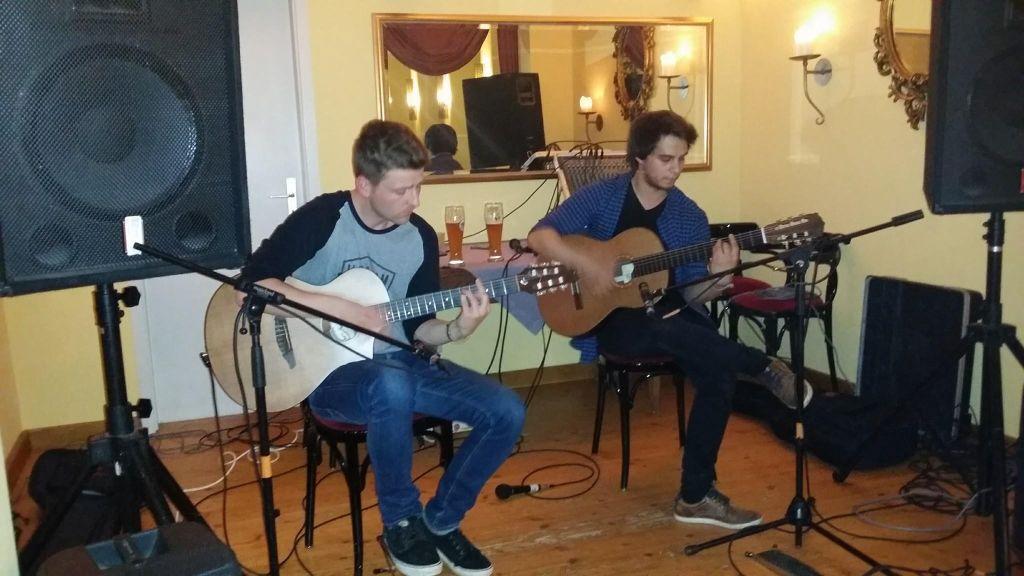 Gitarrenduo Feranto: Akkustische Gitarrenmusik!