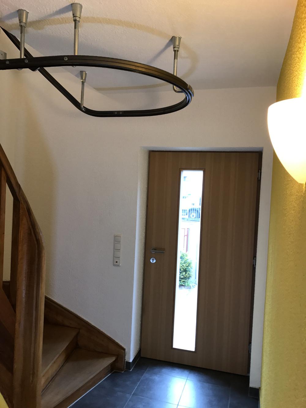 Vorrichtung für einen Rollstuhl-Treppenlifter