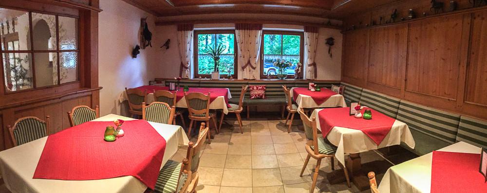 Unser Waldstüber'.... Platz für 25 - 30 Personen