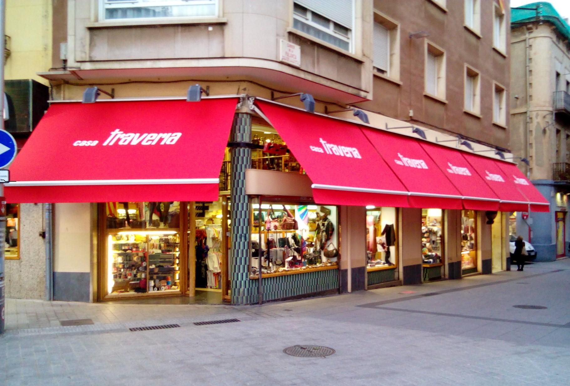 Toldos Articulados (Casa Traveria) Sabadell