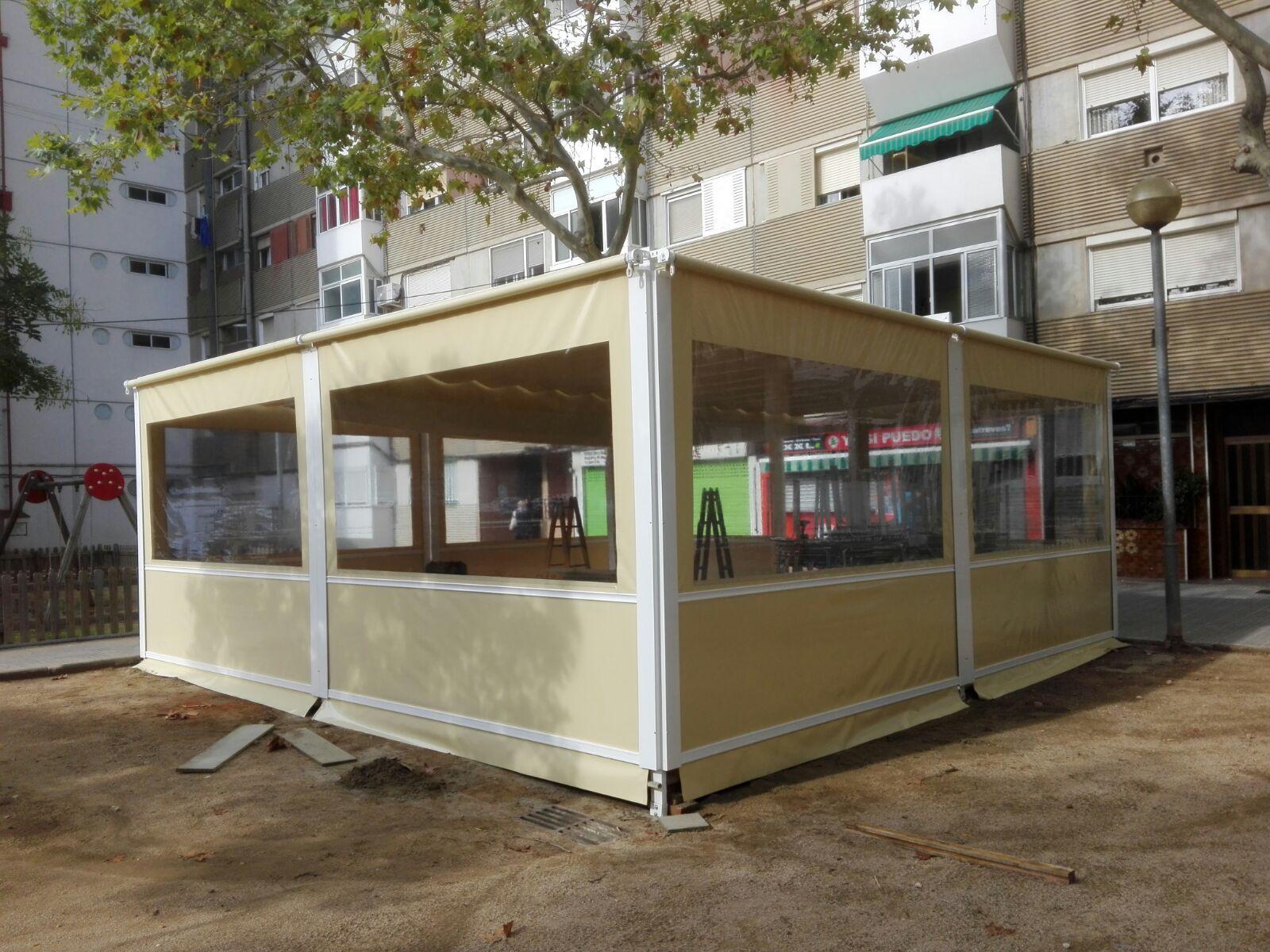 Toldo Corredero + Cerramientos (Badia del Vallès)