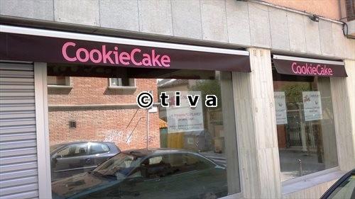 Toldo Articulado + Rotulación (Cookie Cake) Sant Cugat