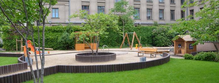 Ein von der SiLa Haus-und Grundstücksservice GmbH realisierter Spielplatz für die Russische Botschaft Berlin