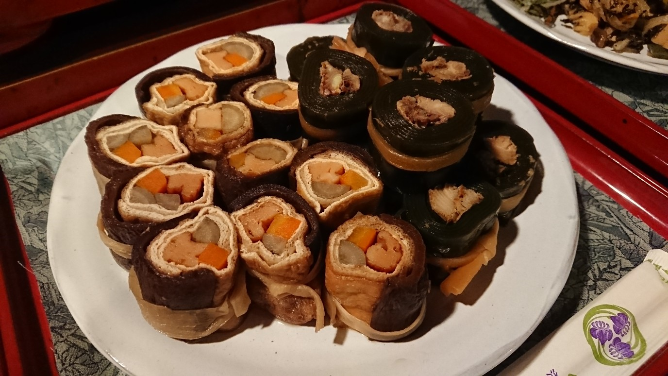 例)あけび干しの煮物・昆布巻き