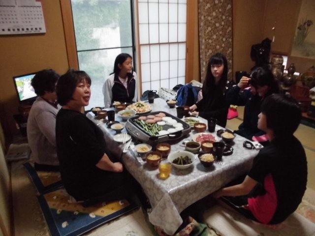 みんなで夕飯は、楽しかったです(^^♪
