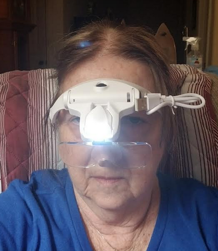 Hands-Free Headband Magnifying Glass with a Light!