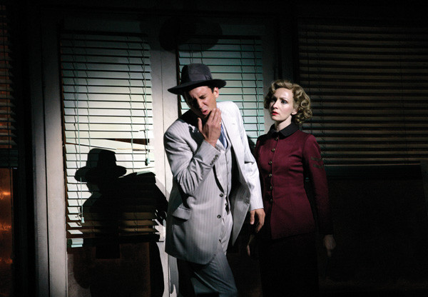 Ian Stenlake and Lisa McCune in Guys and Dolls