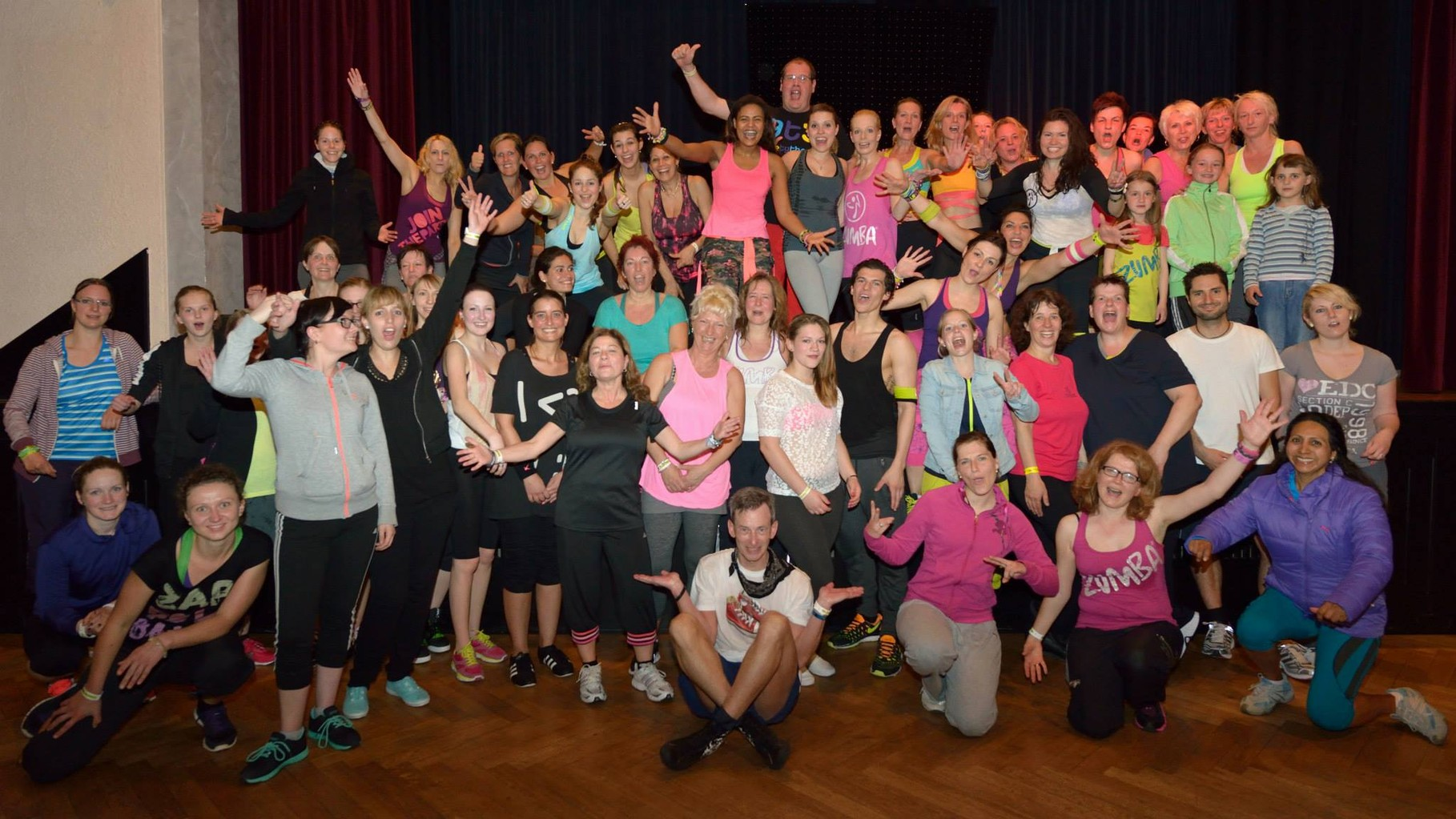 Zumba Fitness Party Time Vol. 2 Vereinshaus