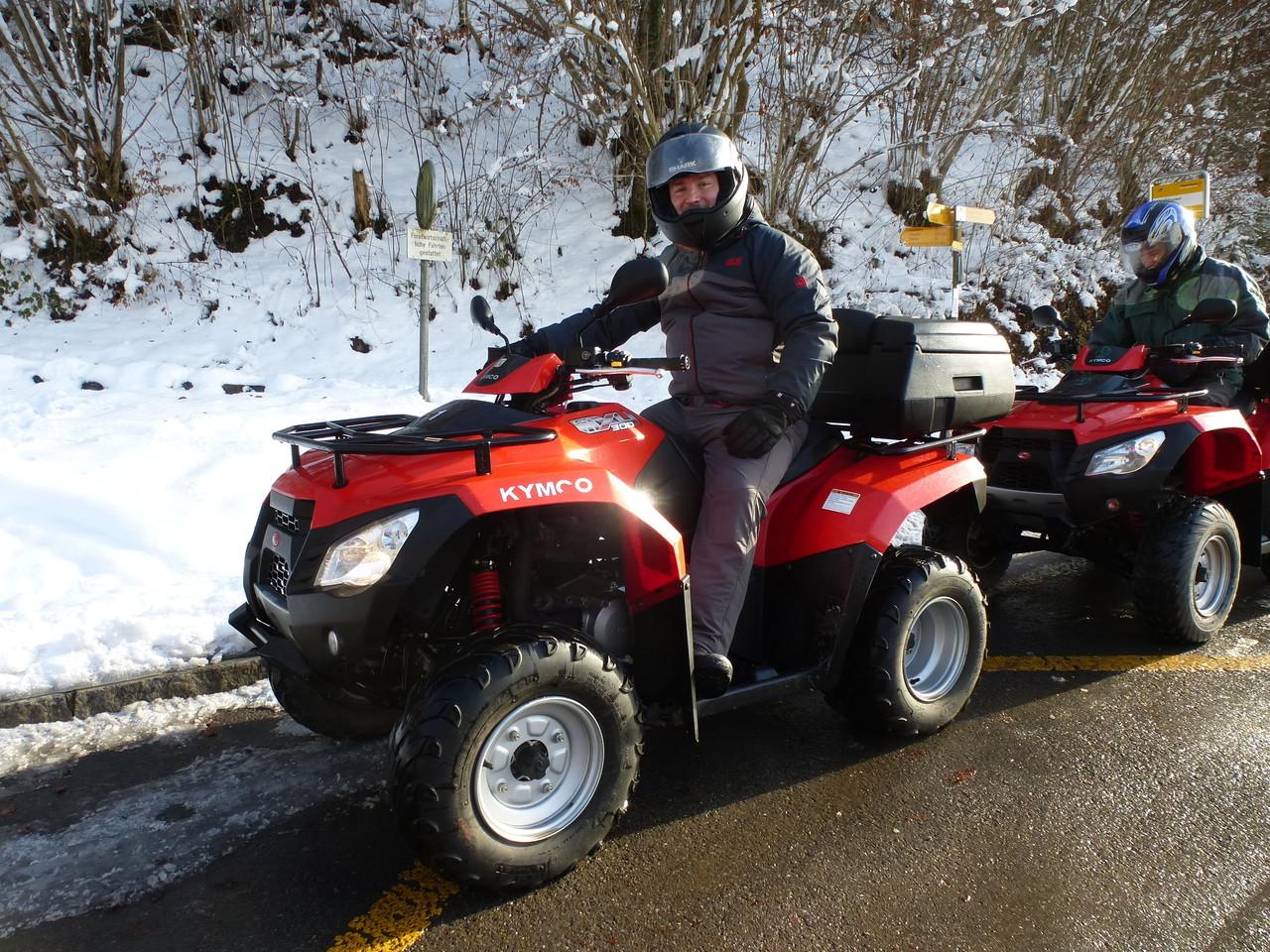 winter quad tour im schnee fahren mit raclett oder. Black Bedroom Furniture Sets. Home Design Ideas