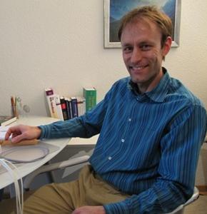 Simon Neukomm (Bioresonanz)
