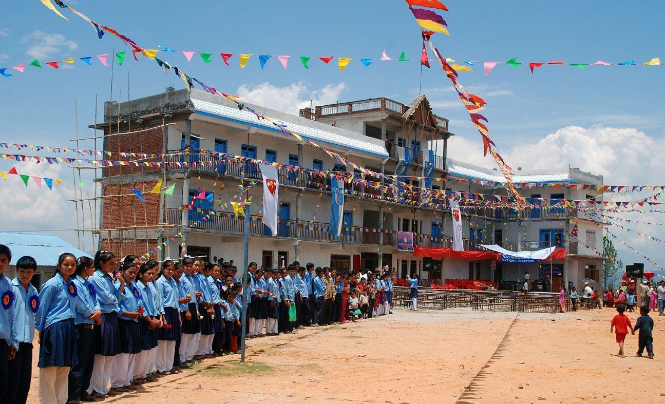 Einweihung der Schule 2009. (Foto: R. Dujmovits)