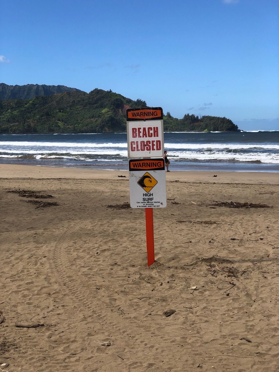 Hanalei Beach is closed, but funny enough no one seemed to care
