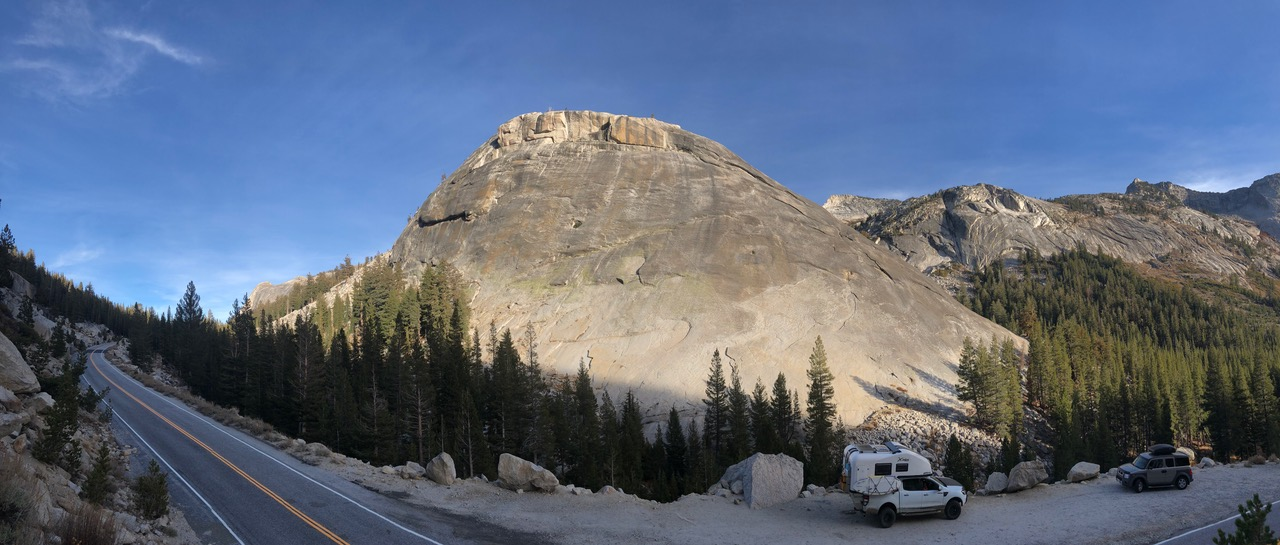 After crossing the Tioga Pass at 3000m we drove down into Yosemite Valley...
