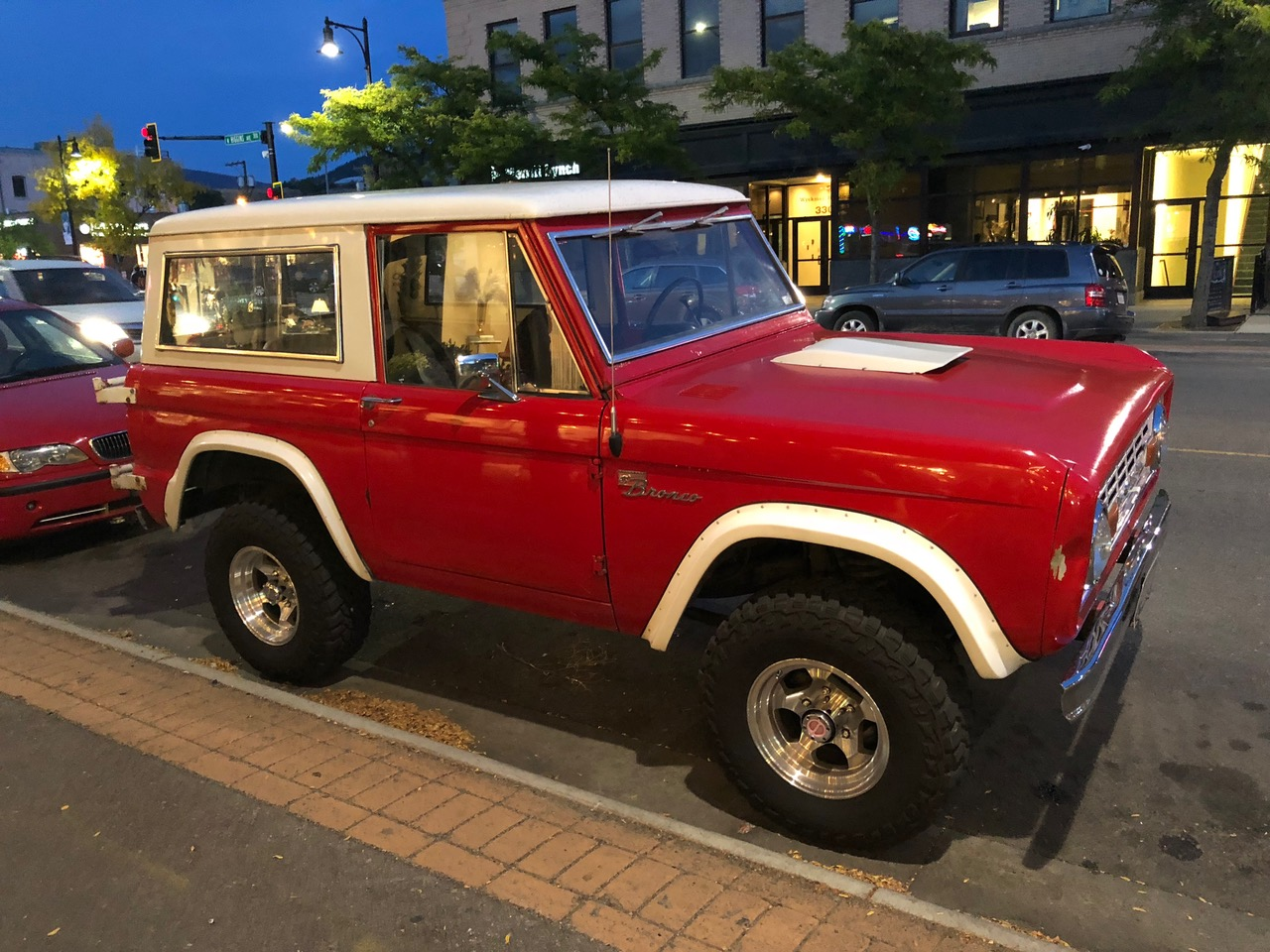 A typical old U.S. Jeep...