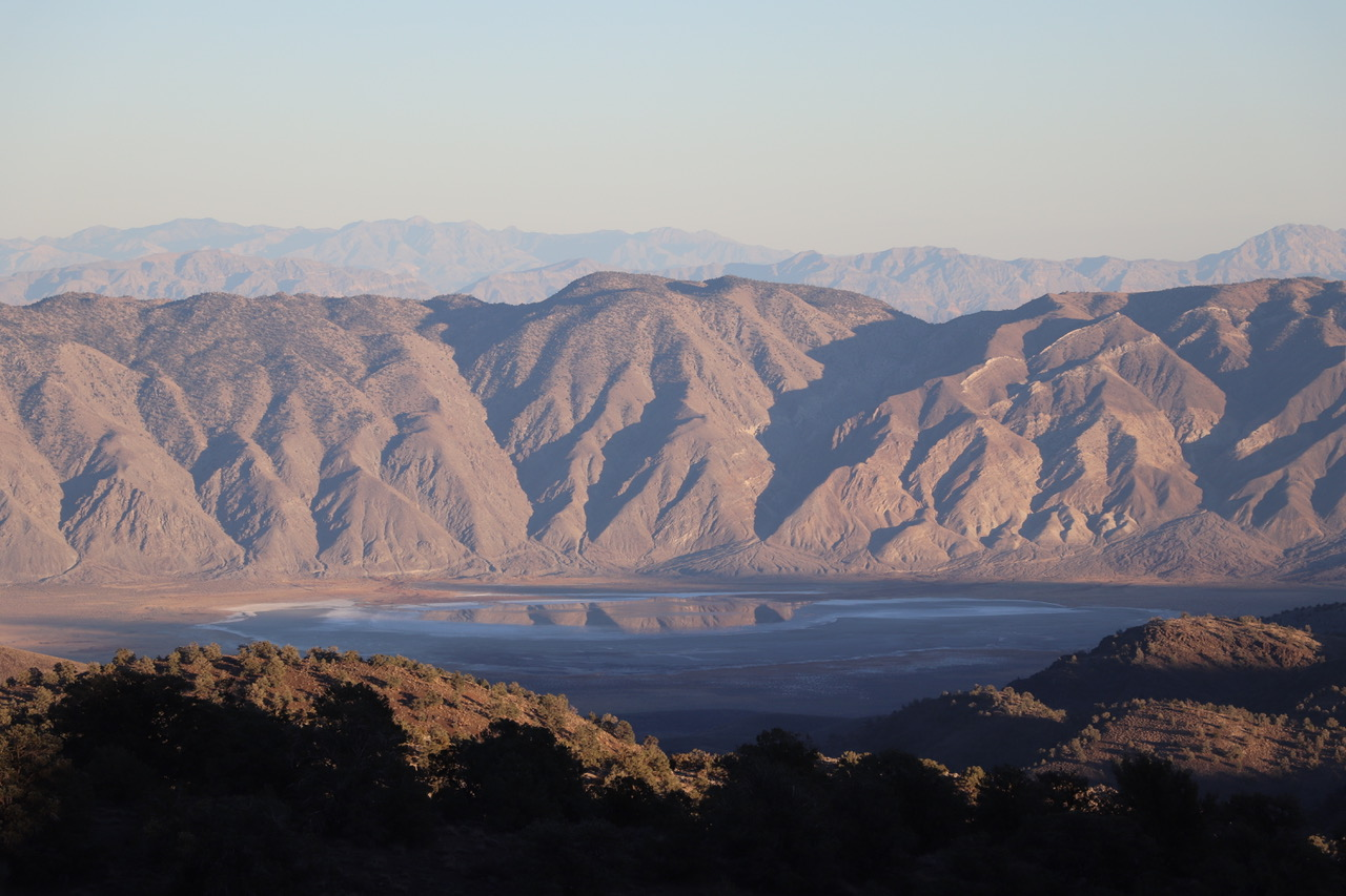 ...we had a beautiful view down the other side of the mountains on to an unknown salt lake