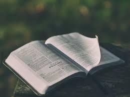 """""""Dein Wort leuchtet mir dort, wo ich gehe; es ist ein Licht auf meinem Weg."""" Psalm 119, 105"""