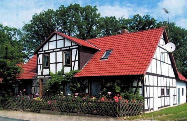 Lehre-Wendhausen. Verkauf eines 1-Familien-Fachwerkhauses