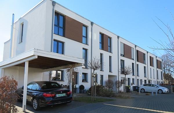 Roseliesstr. 48-50, 38126 Braunschweig