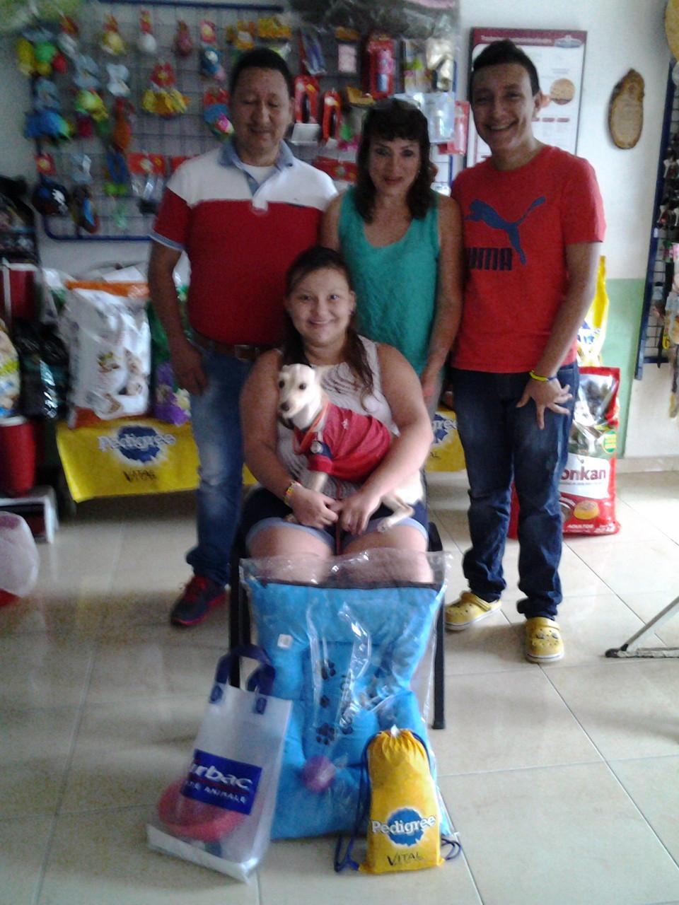 Laura - Familia Pineda